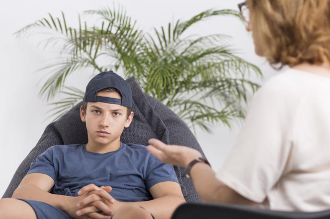 trudny nastolatek