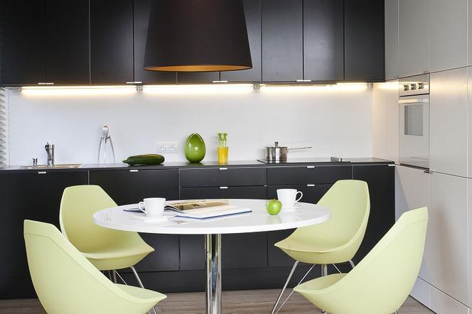Czarna Kuchnia Zobacz Galerię Kuchni Urządzonych W Efektownej