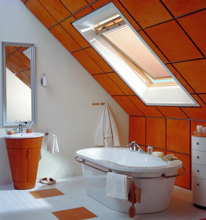 Montaż Okien Dachowych W łazience Na Poddaszu Jak Wybrać