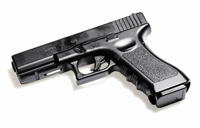 pistol våpen