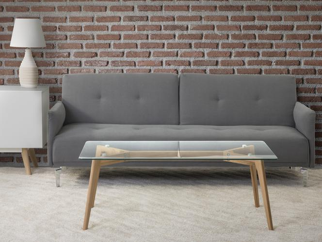 Szara sofa do salonu