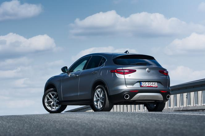 Test Alfa Romeo Stelvio First Edition 2 0 Turbo 280 Km Awd At