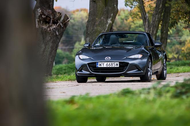 Mazda MX-5 RF 2.0 SKY-G 160 KM 6AT i-ELOOP SkyFREEDOM