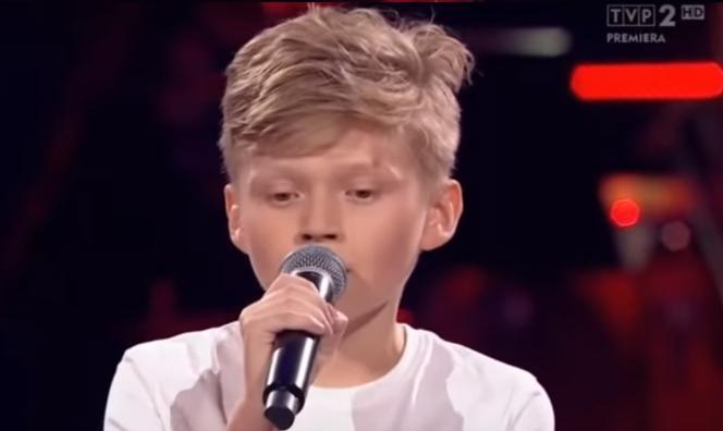 The Voice Kids 3: Szymon zaśpiewał dla chorej mamy. Wzruszający występ - Super Express