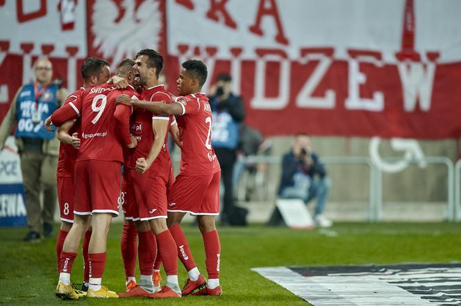 3c0aee6e9 Widzew Łódź wraca na fotel lidera II ligi. Trudny mecz z Gryfem ...