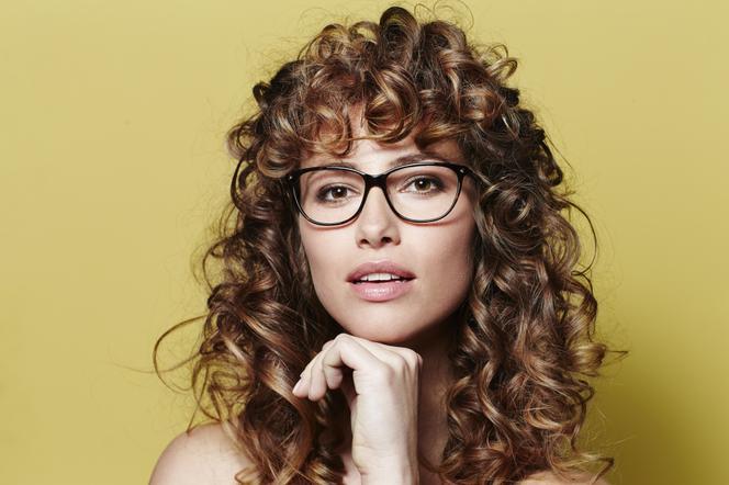 12 Sposobów Na Puszyste Włosy Jak Dodać Fryzurze Objętości