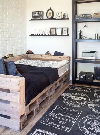 Wygodne łóżko Z Palet Jak Zbudować łóżko Na Miarę Muratorpl