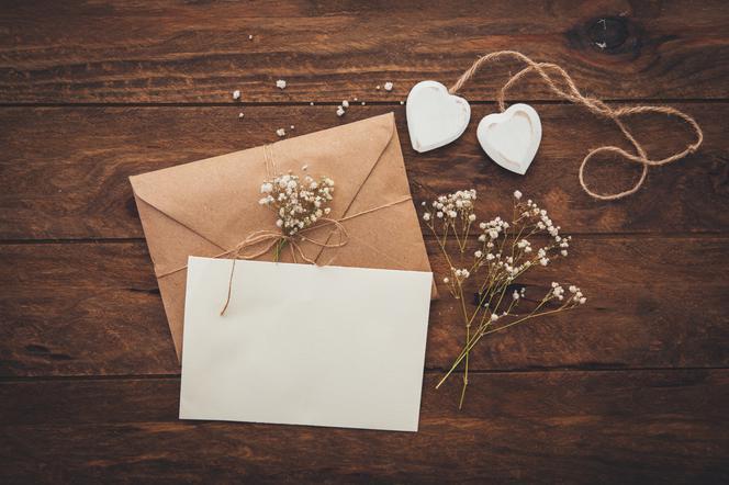 Wierszyki I Cytaty Na Zaproszenia ślubne Najlepsze Teksty