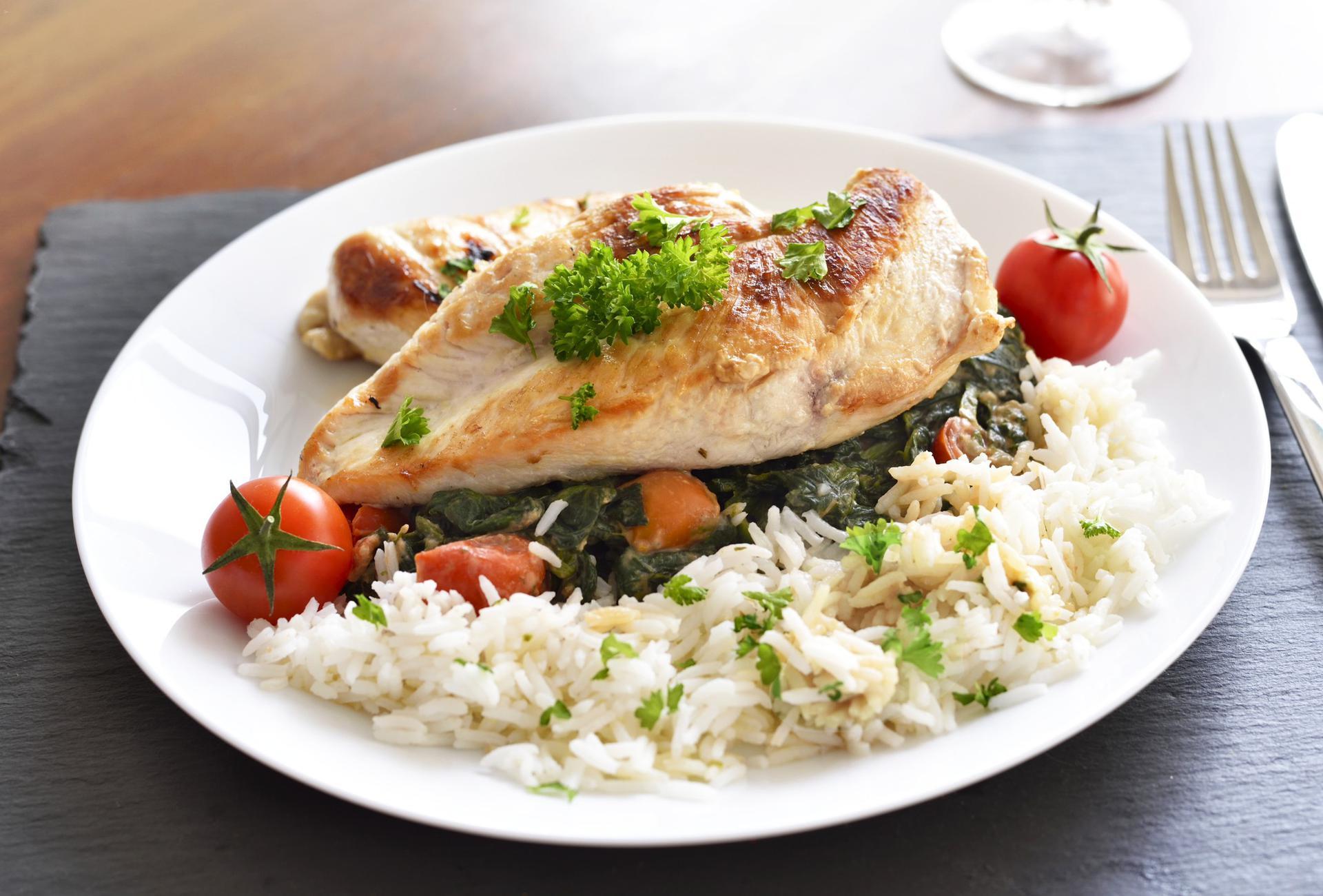 Dietetyczny Obiad 5 Szybkich Przepisow Poradnikzdrowie Pl