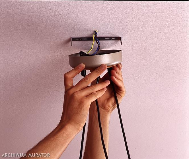 podłączanie lampy ikea