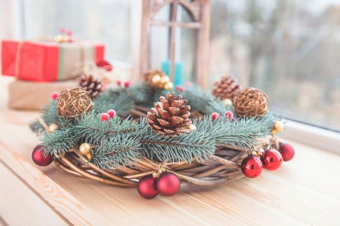 Stroiki Z Szyszek I Inne Ozdoby świąteczne Z Szyszek