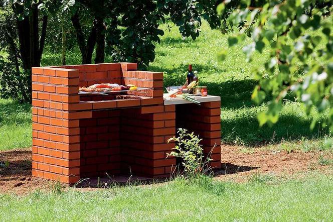 Chłodny Grill ogrodowy. Jak zbudować grill z cegieł lub kamienia w VG78