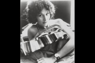 Jej pierwsze lesbijskie filmy erotyczne