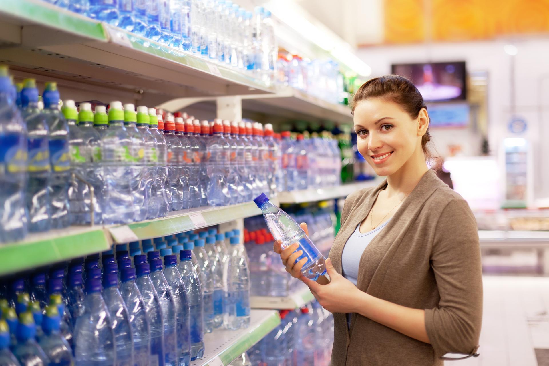 Czy woda mineralna pomaga w odchudzaniu