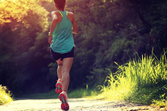 Ile białka musisz zjeść aby schudnąć i nie stracić mięśni?