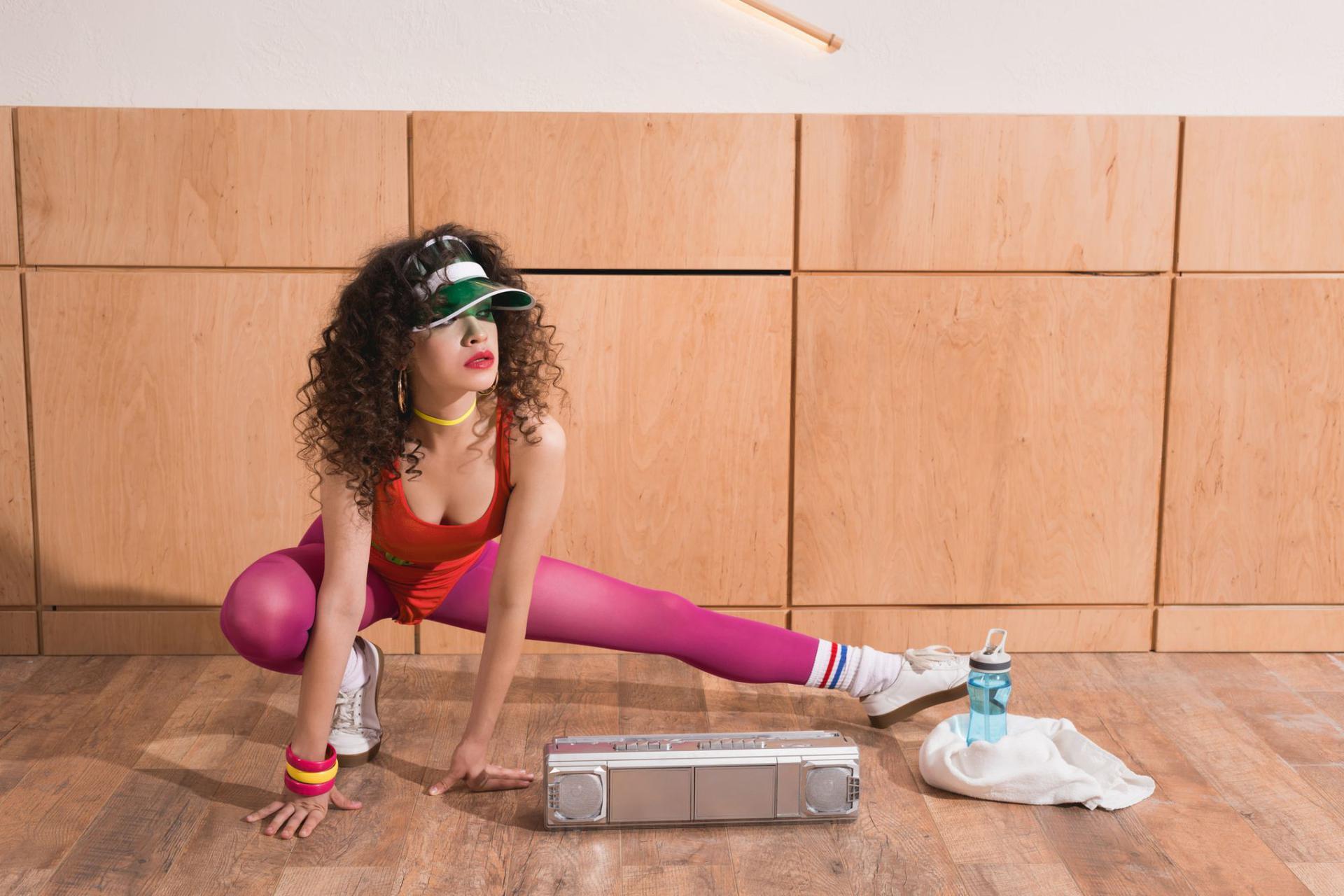 Jak schudnąć w miesiąc cwiczenia w domu
