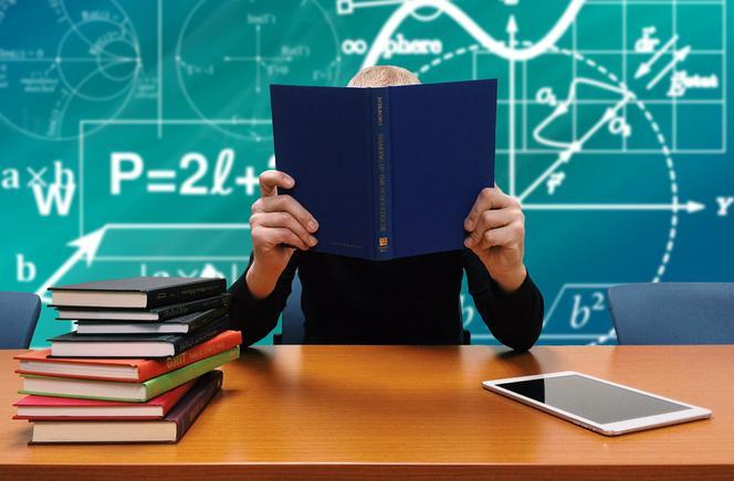Ile Tak Naprawdę Zarabiają Nauczyciele Super Express