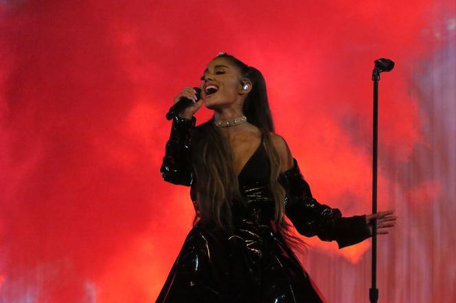 Ariana Grande Dom Jej Mamy Ochraniany Cala Dobe Przez Policje Czy