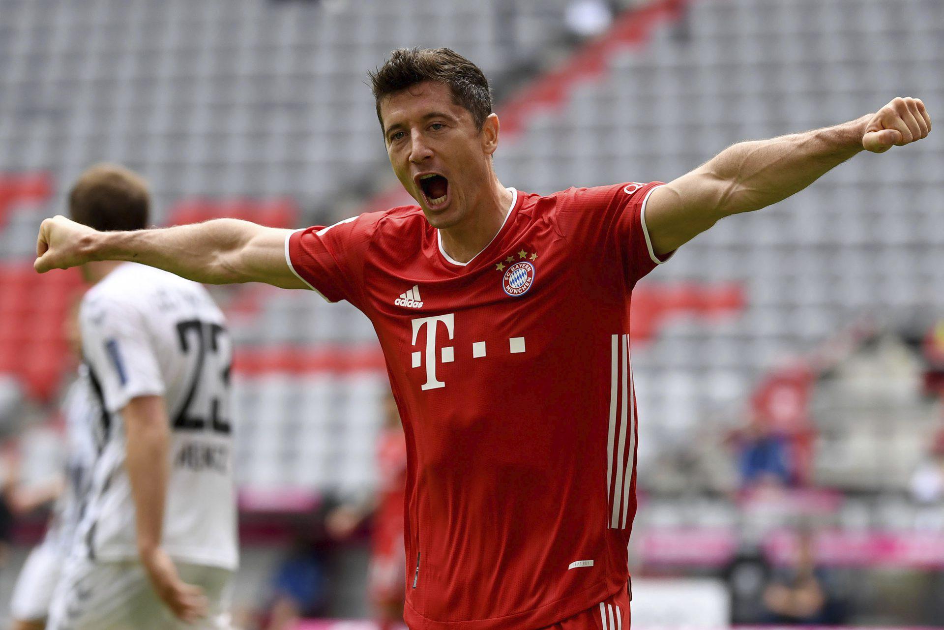Bayern - Chelsea TV NA ŻYWO TRANSMISJA Liga Mistrzów: GDZIE OBEJRZEĆ Bayern - Chelsea w TV Na jakim programie mecz Bayernu dzisiaj 8.08.2020 - Super Express