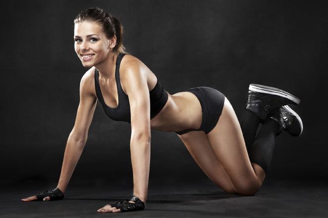Jakie robić ćwiczenia żęby schudnąć w ramionach