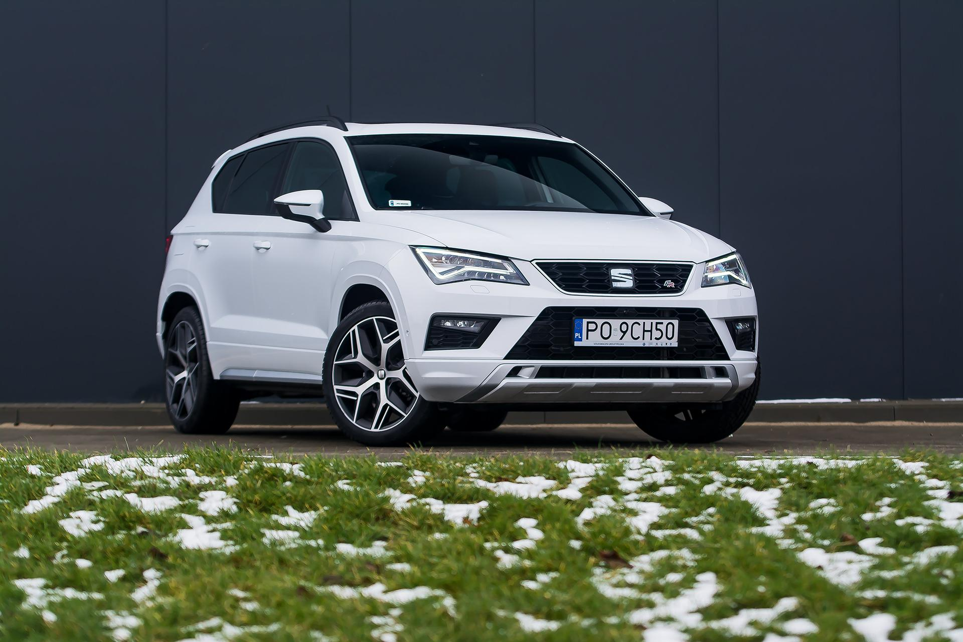 seat ateca fr vs jeep compass limited super express. Black Bedroom Furniture Sets. Home Design Ideas