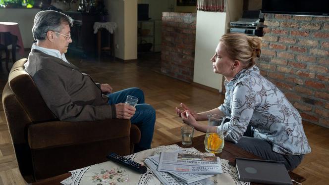 M jak miłość, odcinek 1531. Józef Modry (Stefan Friemann), Ola (Magdalena Rembacz)