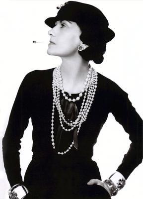 bbeb754484356b Historia wielkich marek. Jak Coco Chanel zbudowała swoje imperium ...