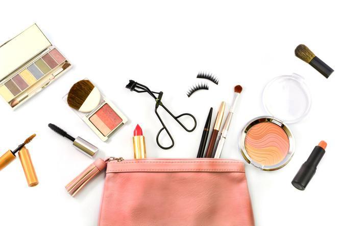 Szybki Makijaż Dzienny Jak Zrobić Makijaż W Niecałe 5 Minut