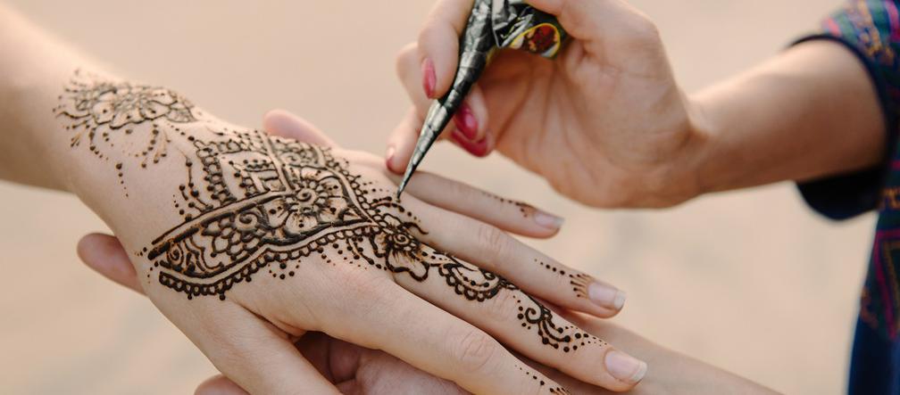 Tatuaż Z Henny Jak Zrobić Ile Kosztuje Tatuaż Z Henny