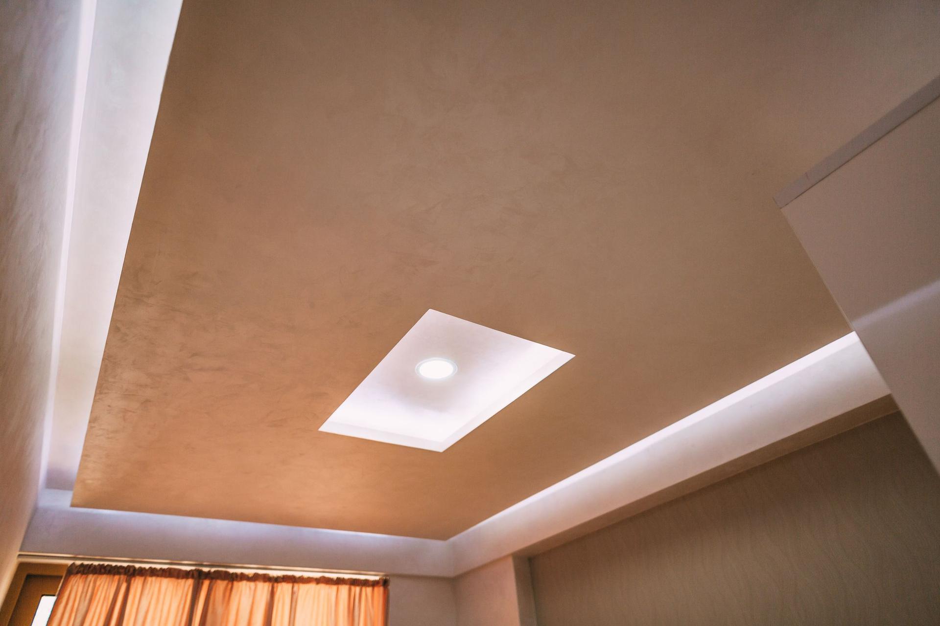 Подвесной потолок как популярная альтернатива классическому потолку