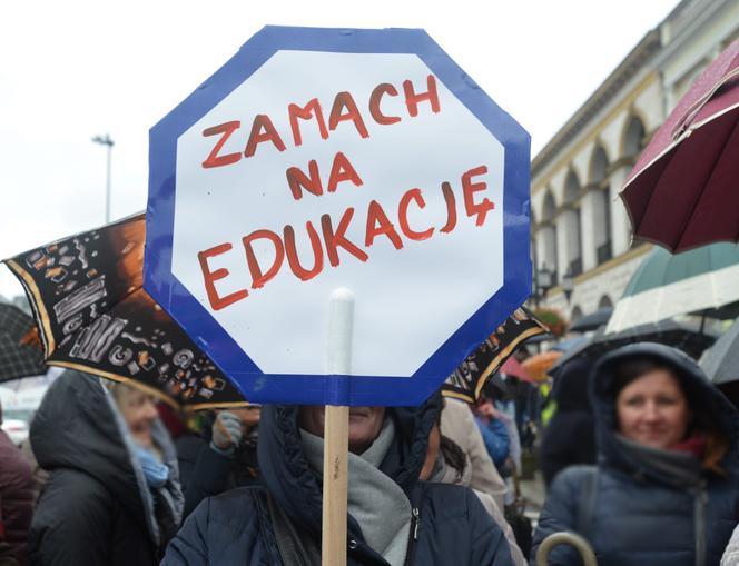 Sondaż. Czy Polacy Popierają Strajk Nauczycieli? Co Z
