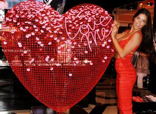 życzenia Walentynkowe Gify Memy I Obrazki Na Facebooka