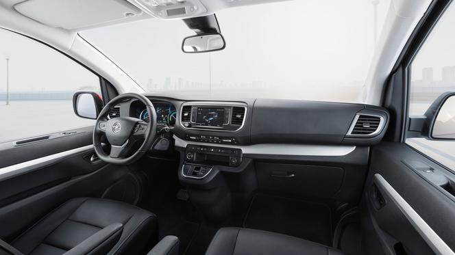 Opel Zafira-e Life (2021) - Super Express