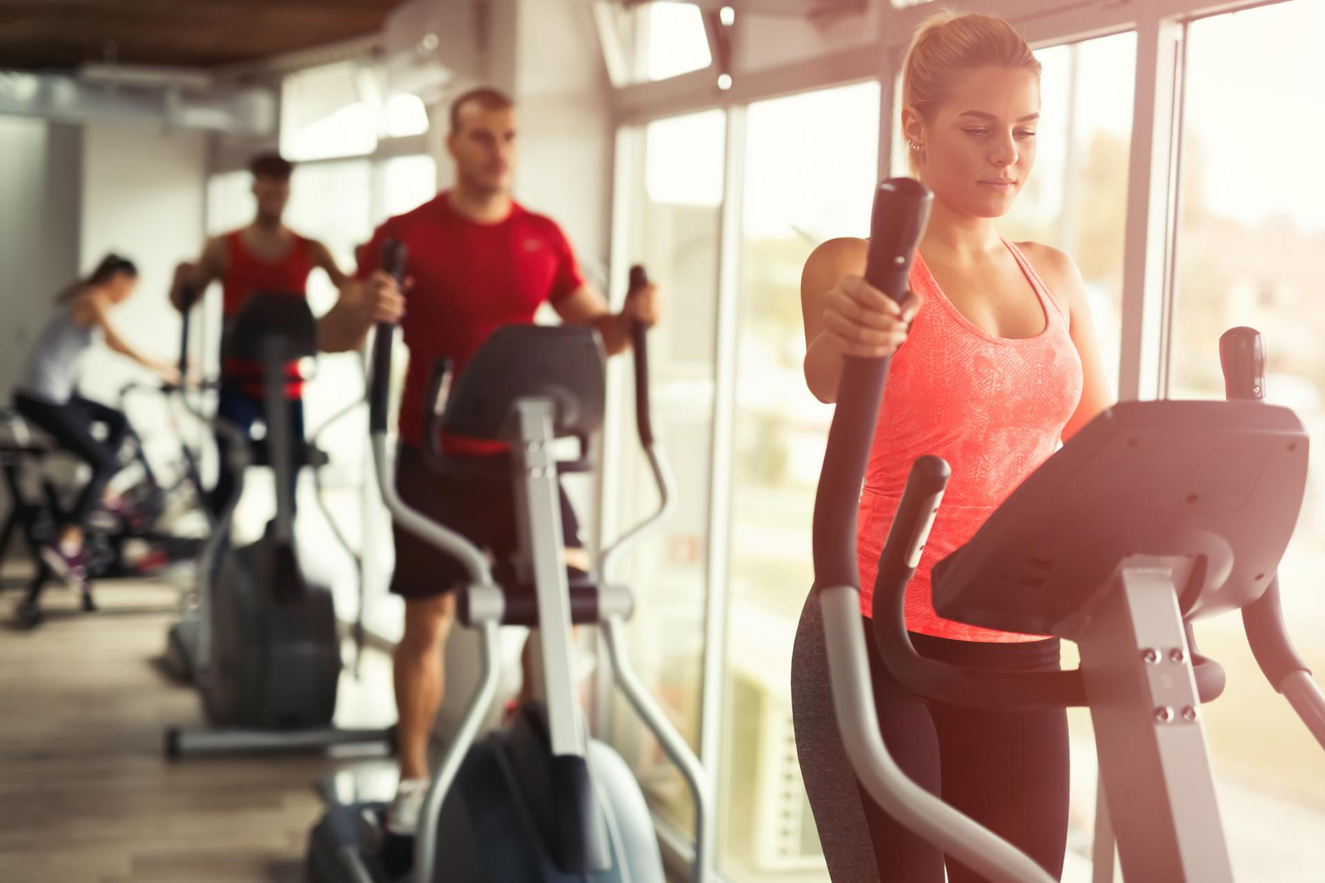 Ile można schudnąć w miesiąc ćwicząc na orbitreku
