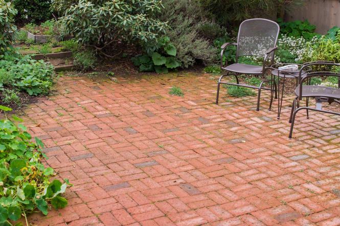 Poważnie Cegła w ogrodzie – poradnik. Co można zrobić w ogrodzie z cegły LJ63