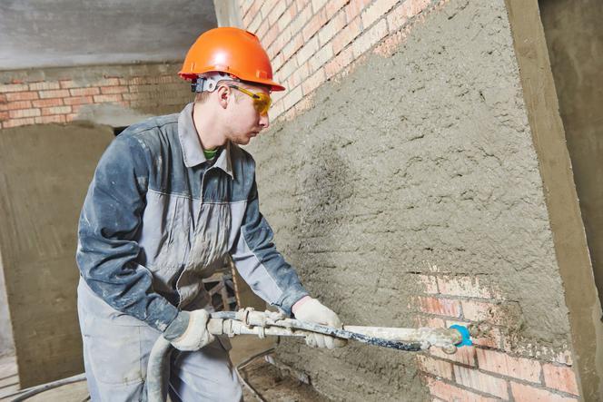 maszynowe tynkowanie ścian