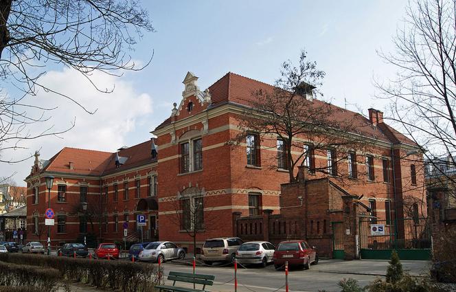 Uniwersytet Jagiellonski Sprzeda Budynki Na Kopernika Skarbowi