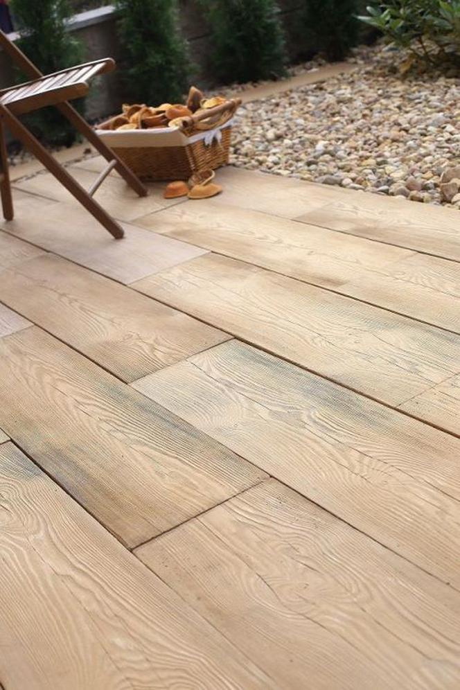 Polbruk Lira Nawierzchnia Z Betonu Imitująca Drewno