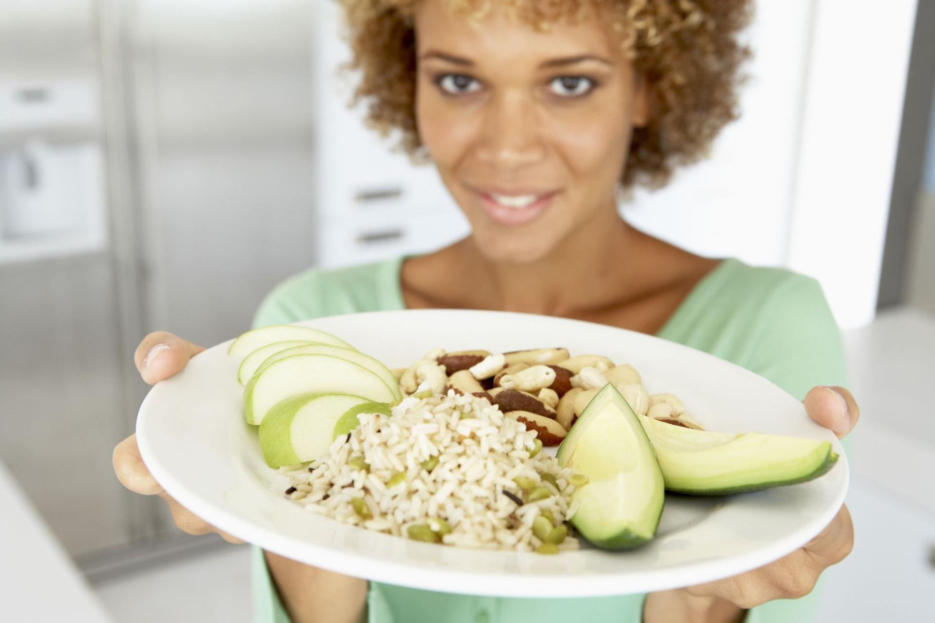 Co jeść przed i po treningu? Co jeść, by trening był bardziej efektywny?