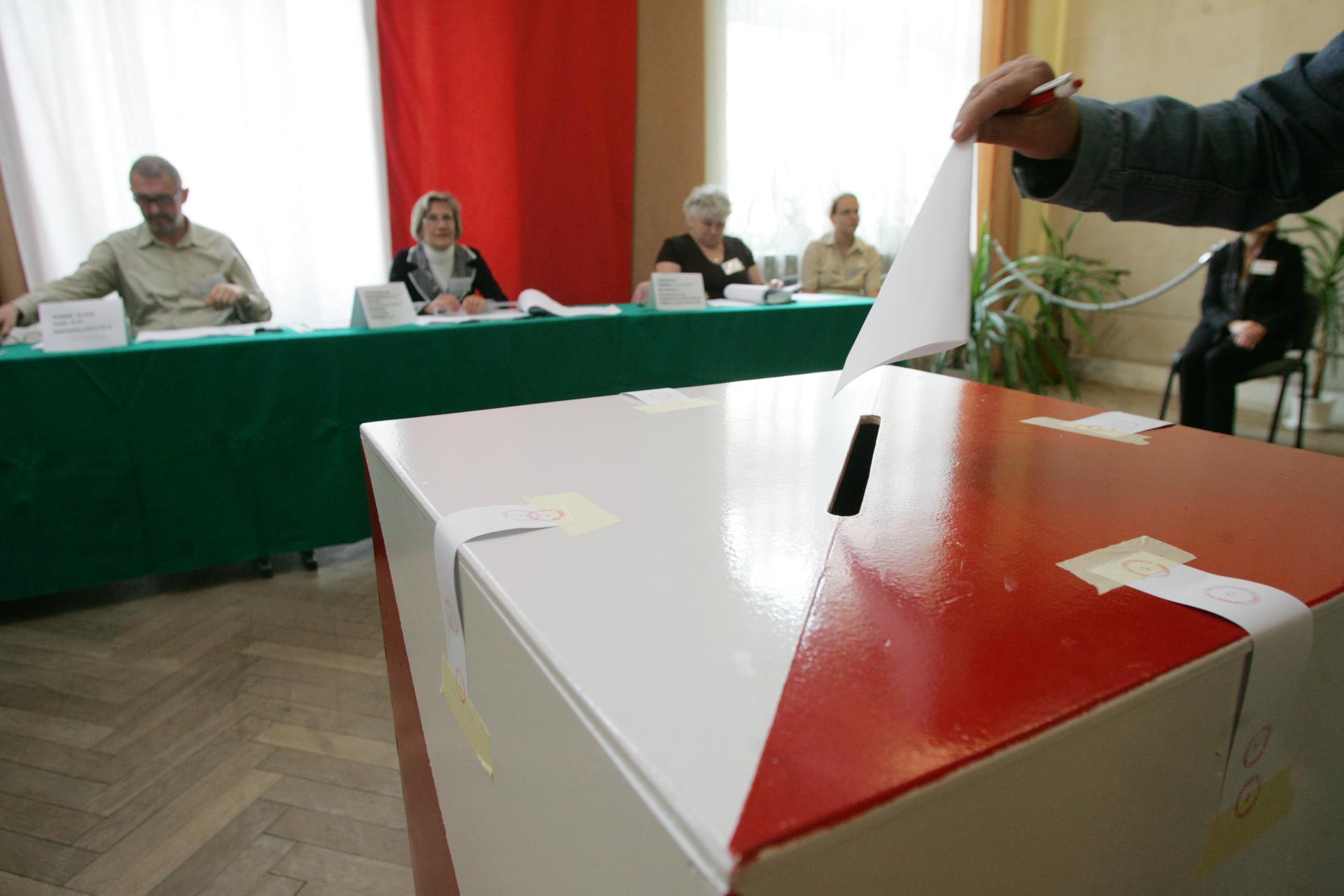 Wybory prezydenckie 2020. Głosowanie korespondencyjne w Polsce. Dziś ostatni dzień zgłoszeń [RELACJA NA ŻYWO] - Super Express