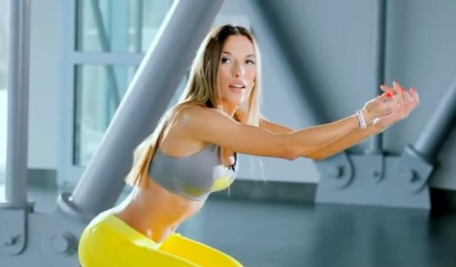 Który trening Ewy Chodakowskiej wybrać? Kalorie, efekty [PRZEGLĄD]
