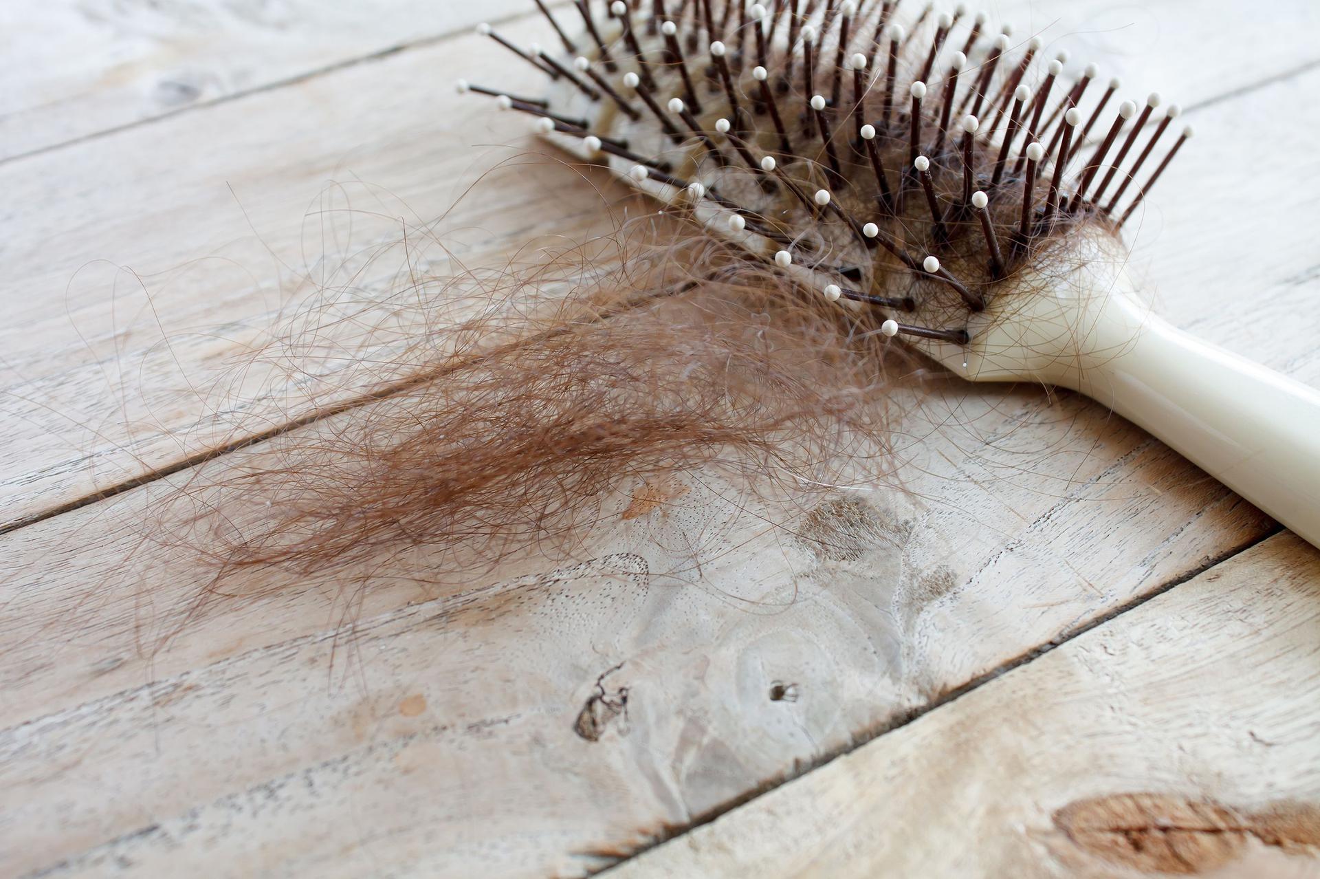 szampon fryzjerski na wypadanie włosów