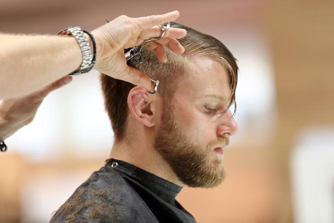 Fryzjer, zdjęcie poglądowe
