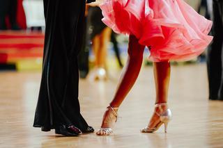 Taniec towarzyski @ Grupa Czerwona, Niebieska