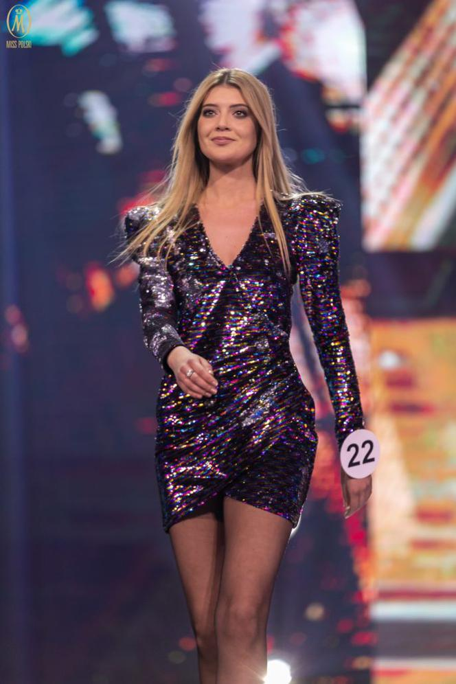 Karina Szczepanek (POLAND 2019) Gf-e56H-xHQy-EiKo_karina-szczepanek-664x0-nocrop
