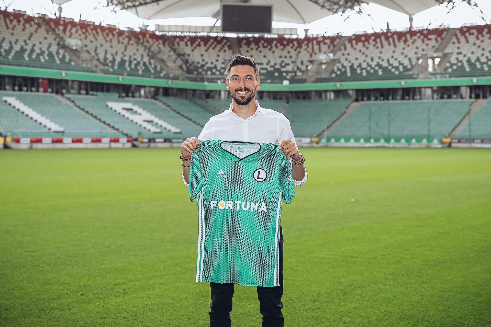 Legia się zbroi na europejskie puchary, ile zarobi Filip Mladenović? - Super Express