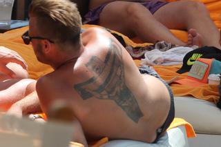 Artur Boruc I Tatuaż Jezusa Jest Zawsze Z Nim Zdjęcia