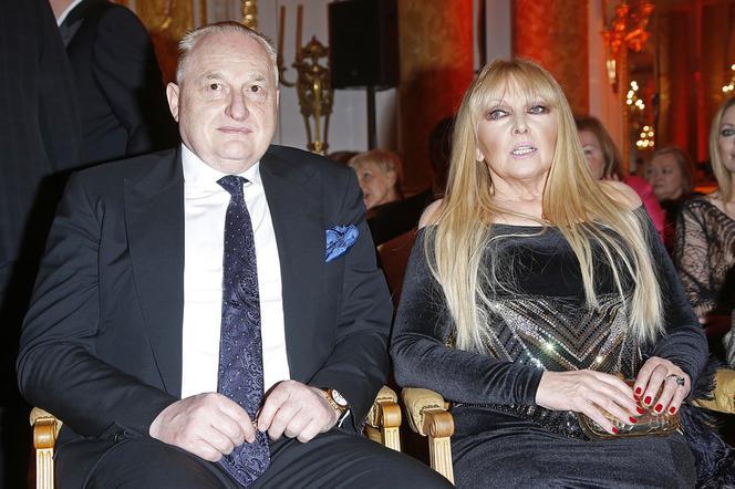 Mąż Rodowicz twierdzi, że gwiazda robi z niego potwora! - Super Express