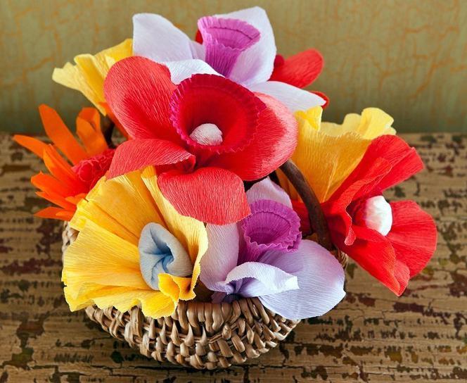 Jak Zrobic Kwiaty Z Bibuly Sposob Na Piekne Kwiaty Z Bibuly Krok Po Kroku Urzadzamy Pl