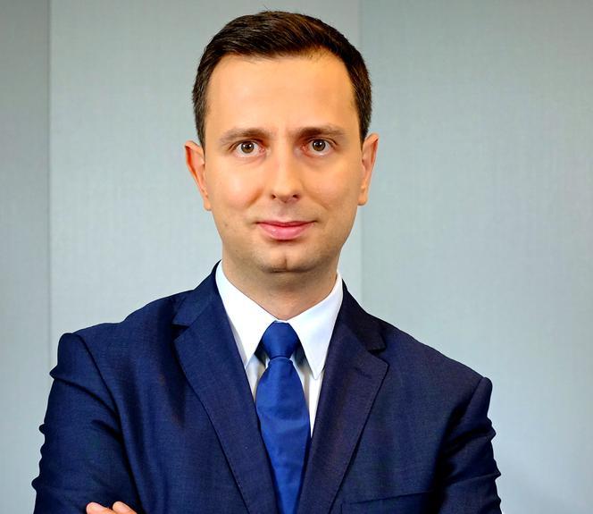 Kosiniak-Kamysz: 150 tys. zł pensji i 210 tys. zł ...